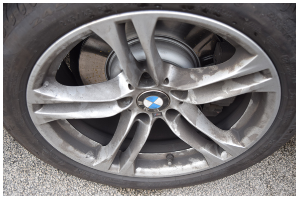 BMW-5-series-Wheel-dirty